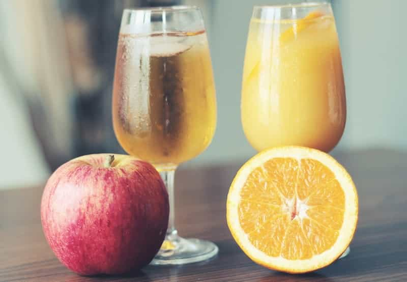 making juice with the best cold press juicer