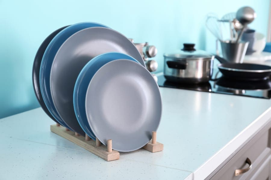 plate rack in kitchen