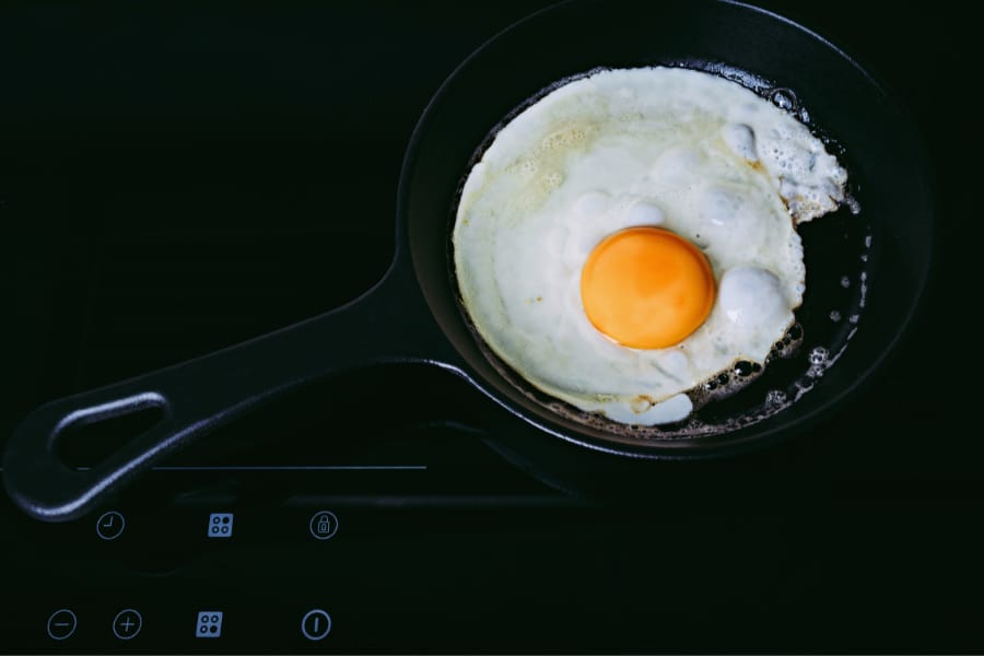 cast iron cookware on induction