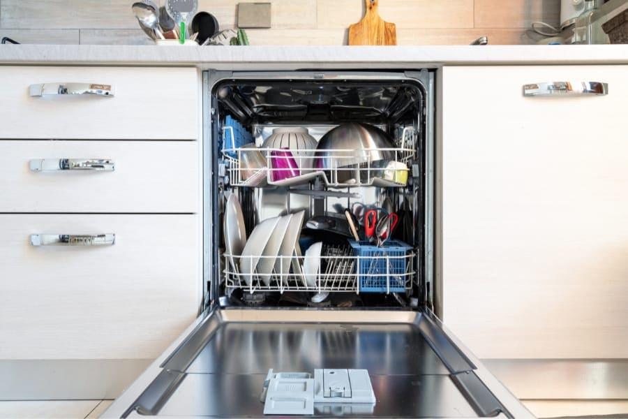 neat and clean dishwasher machine