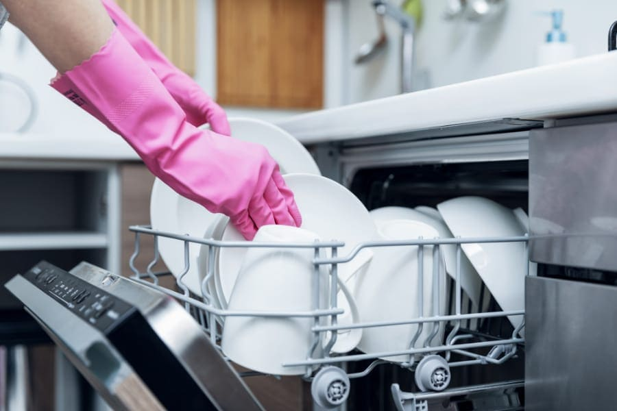 quality washing of dishes