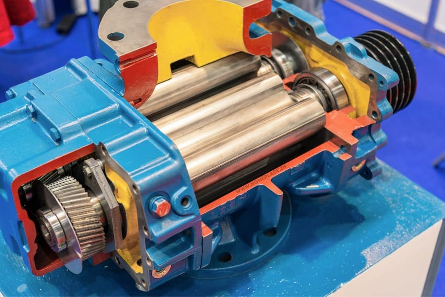 working rotary compressor